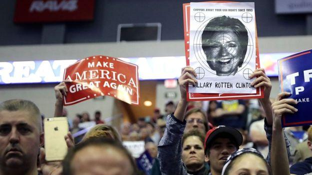 El antagonismo a las élites políticas es una de las caras del populismo.