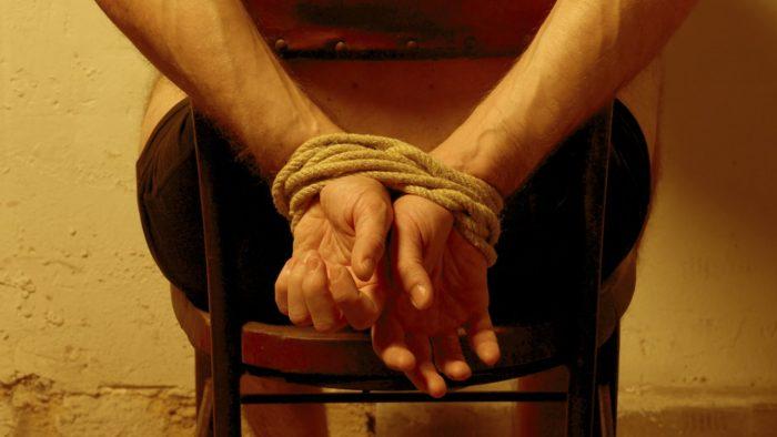 Bachelet promulga ley que castiga tortura y tratos crueles o degradantes
