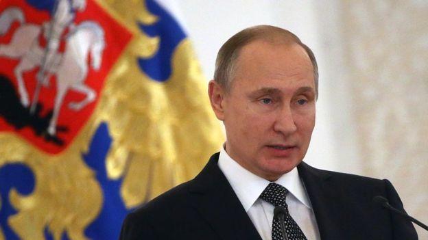 Con la recesión económica que atraviesa y las sanciones impuestas por Occidente, Rusia necesita la ayuda financiera de Japón.