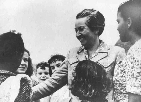 Gabriela Mistral: resistencia inmarcesible