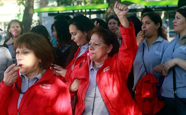Huelgas alcanzaron en 2016 su cifra más alta desde el retorno a la democracia e incertidumbre por Reforma Laboral habría sido clave