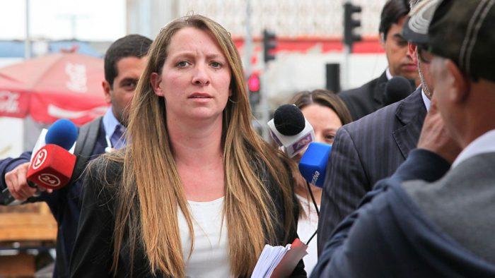 Pugna entre Compagnon y Banco de Chile llega a su fin: Nuera de Bachelet pagó deuda a la entidad financiera