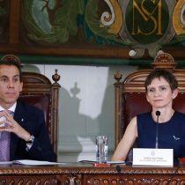 Alessandri asume alcaldía de Santiago: dice que solicitará auditoría externa a la administración de Tohá