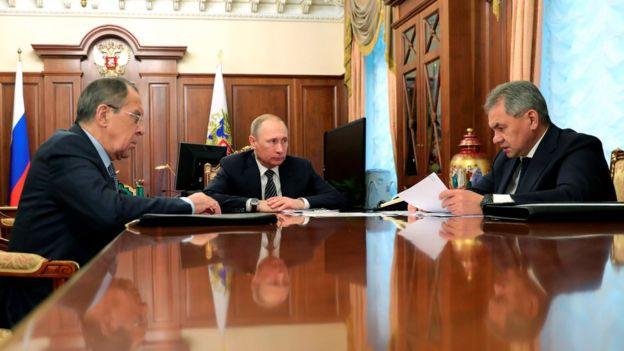 Históricamente, el gobierno de Rusia tiende a responder con reciprocidad a las sanciones diplomáticas.