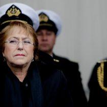 Bachelet recrimina violencia de marinos contra la mujer: