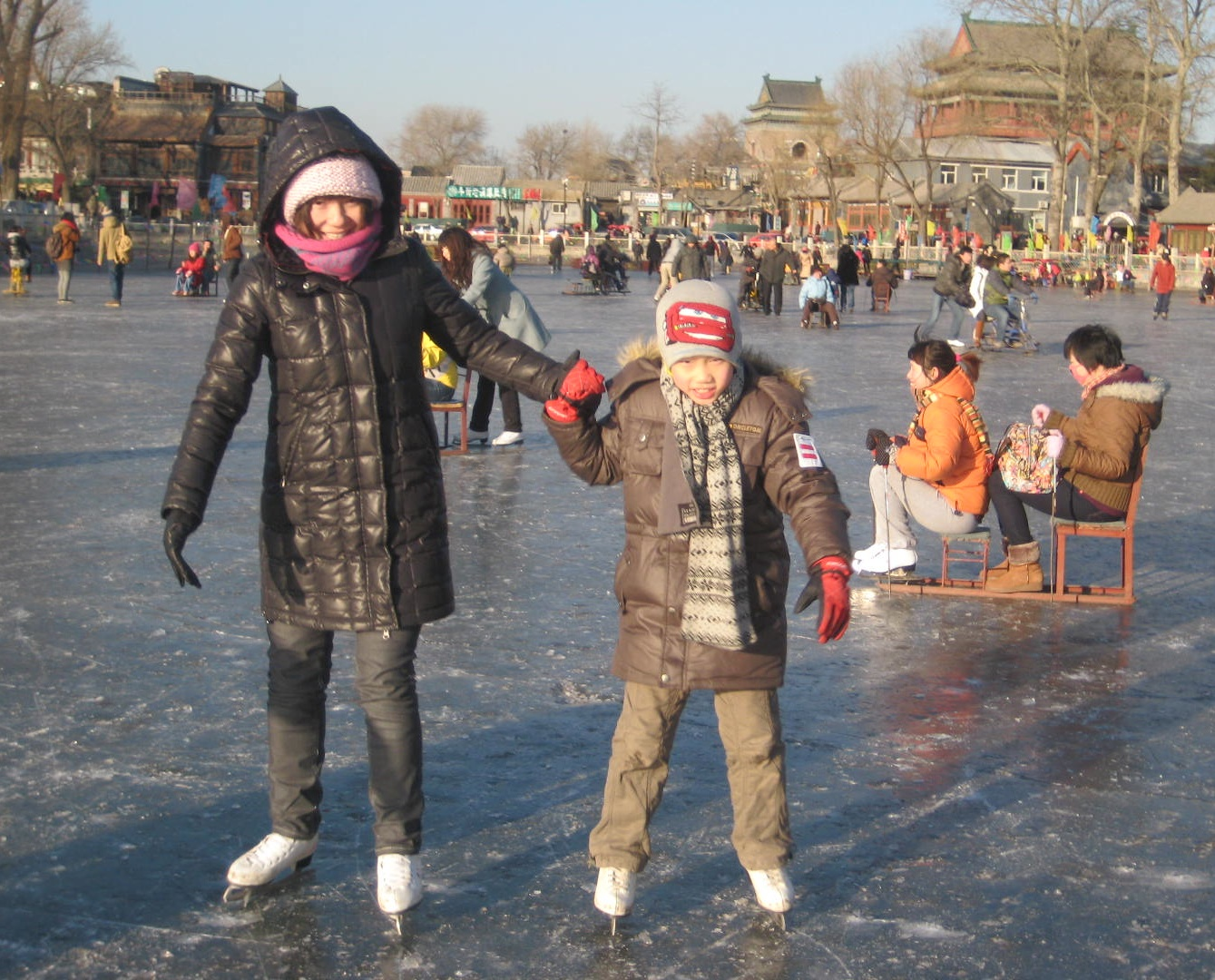 beijing-gulou-skating