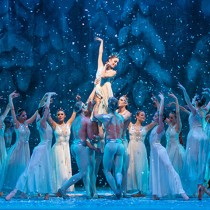 Cascanueces y música de Tchaikovsky revive espíritu navideño