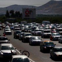 Congestión vehicular marca salida de santiaguinos a la V Región