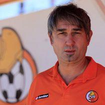 Dalcio Giovagnoli deja de ser el técnico del Cobresal