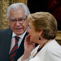 """Ministro Fernández blinda a Bachelet y dice que solicitud sobre financiamiento de campaña """"no tiene por qué afectarle"""