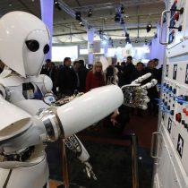 Presentan la primera creación artística elaborada con sistemas de inteligencia artificial en Chile