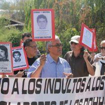 """La cruzada solidaria por los """"abuelitos"""" de Punta Peuco"""