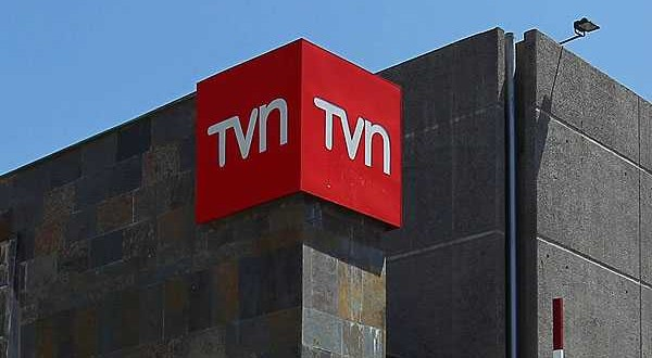TVN remueve a Directora Ejecutiva y busca nombre con perfil político para negociar financiamiento público