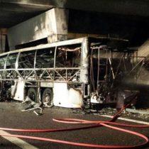 Mueren al menos 16 personas en un accidente de autobús con niños en Italia