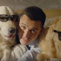 La adorable relación de Alexis Sánchez con sus mascotas Atom y Humber que contagia a los aficionados del Arsenal