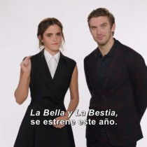 """[VIDEO] El saludo de Año Nuevo de Emma Watson y Dan Stevens para presentar el nuevo adelanto de """"La Bella y la Bestia"""""""