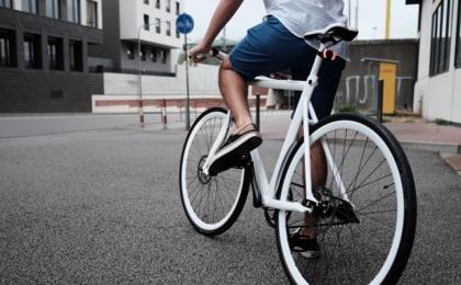 Día Mundial de la Bicicleta: ¿cómo evitar las lesiones? Pedales que transportan y sanan