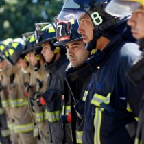 Nuevo caso de bombero despedido por ir a combatir incendios forestales