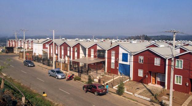 Arauco construyó el complejo de casas Villa Verde tras el terremoto de 2010.