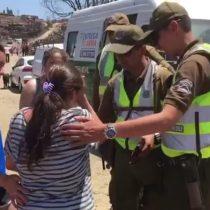 [VIDEO] La emoción de una mujer en Santa Olga luego de que Carabineros le devolviera su cartera extraviada