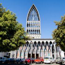 Catedral de Osorno es tomada para protestar contra Obispo Barros y solicitar su renuncia