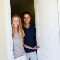 Viajar gratis cuidando la casa de un desconocido