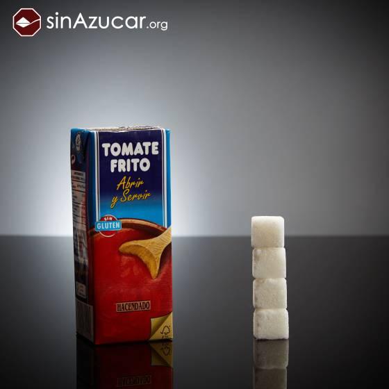 Un brik pequeño (210ml) de tomate frito Hacendado tiene 16 gramos de azúcar: 4 terrones.. SINAZUCAR.ORG