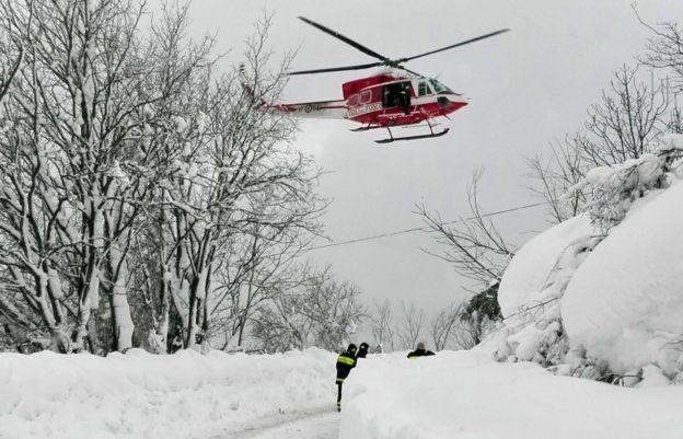 La región se ha visto golpeada por fuertes nevadas varios poblados están incomunicados.