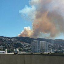 [VIDEO] Nuevo incendio forestal afecta sector de Camino la Pólvora en Valparaíso
