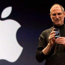 Diez años del iPhone, el teléfono móvil que nació con el objetivo de