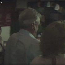 """[VIDEO] """"¡Terrorista con corbata!"""": el momento en que Piñera es increpado por una mujer mapuche en Cañete"""