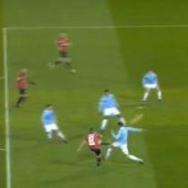 [VIDEO] Mauricio Pinilla marca golazo en su estreno en el Genoa