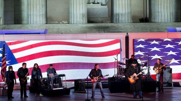 La celebración de bienvenida a Donald Trump también contó con la participación de bandas musicales y solistas.