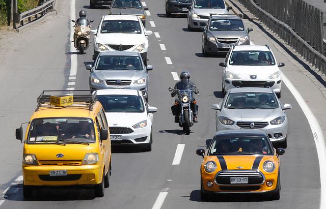 Venta de vehículos en Chile aumentó un 8% en 2016