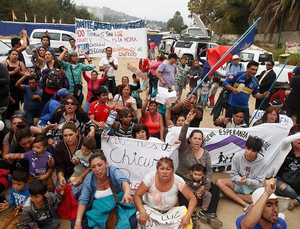 Protesta contra Virgina Reginato obliga a suspender el
