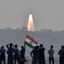 [VIDEO] El histórico récord de India al lanzar 104 satélites al espacio en una sola misión