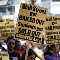 No pasa solo en Chile: deuda estudiantil en Estados Unidos alcanza nuevo récord