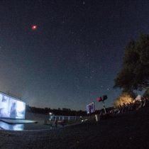 Ficil proyecta en las orillas del Lago Lanalhue películas producidas por niños de comunidades del Biobío