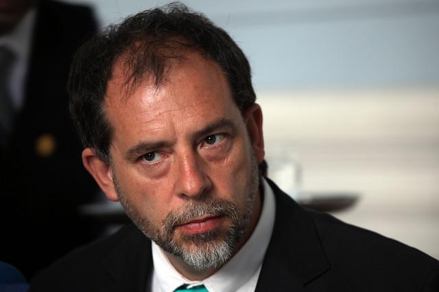 Girardi anuncia ley para cerrar el 2030 todas las megafuentes a carbón