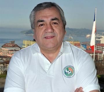 Ex concejal y candidato a alcalde RN de Puerto Montt trata de