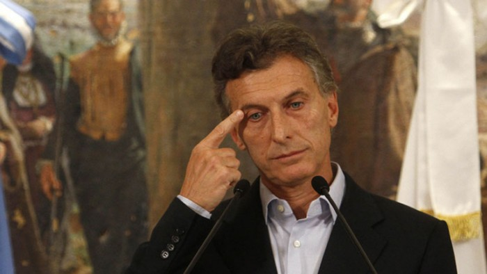 Bolivia critica decisión de Argentina de endurecer política migratoria