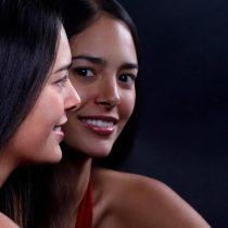 A través del canto ancestral pianista Mahani Teave lidera proyectos de protección de la lengua rapa nui