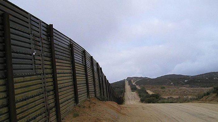 Migrante mexicano deportado de EE.UU. se suicida tras cruzar la frontera