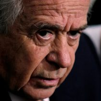 Zaldívar raya la cancha al PC por veto de Cuba a Aylwin:
