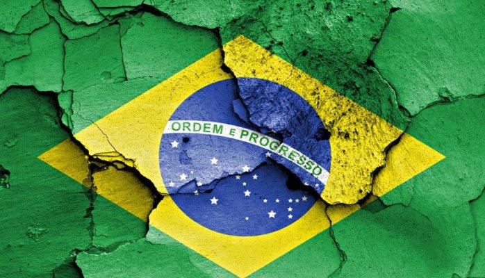 Economía brasileña se contrajo un 4,34% en 2016, su peor registro desde 1990