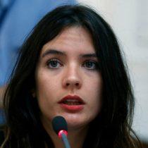 Diputada Vallejo anuncia que terminará contrato con ICAL por asesorías plagiadas