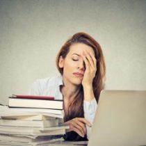 Podrías estar sufriendo el síndrome de la mujer cansada ¿Qué hacer para evitarlo?