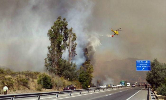 Onemi declara alerta roja por incendio en Casablanca