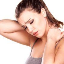 ¿Dolor cervical? Postura correcta y otros consejos para aliviarlo