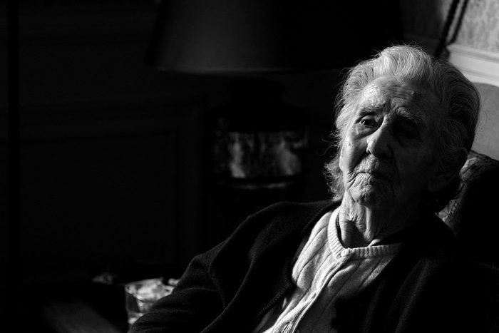"""""""Una vejez añosa"""", las conmovedoras memorias de la viuda del escritor Francisco Coloane"""